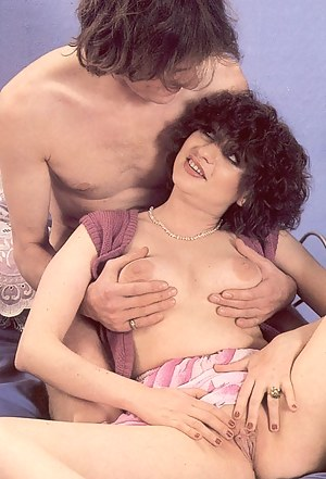 Two horny eighties ladies pleasing a stiffy dick together