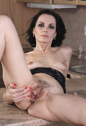 skinny milf wants to dominate you