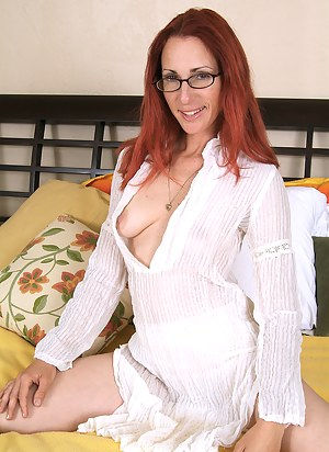 Free Redhead Moms Porn Pictures