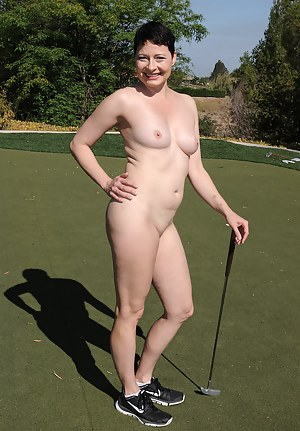 Kali Karinena Plays Naked Golf