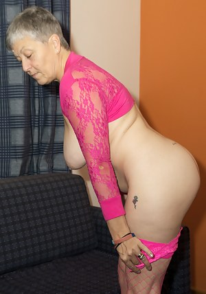 Hi Guys, Im all in the pink and not wearing much in this set but that means theres not much to take off only my lacy Kni