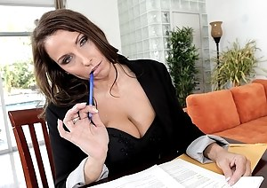 Incredible intercourse features a horny boss and his formidable MILF secretary, who is professional in blowjob and doggy style sex.