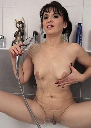 Latina hottie Gracia Saluda pulls off her little panties to spread her pussy open