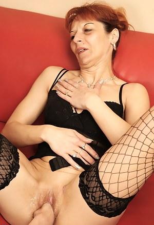 Fisting and piss loving mature slut gets it all