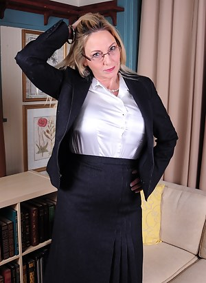 Free Moms Teacher Porn Pictures