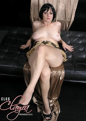Pussy Stretching at it's Best