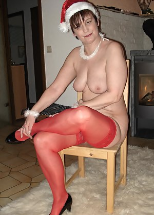 A very naughty Christmas with this horny housewife