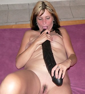 trying to force the huge dick in her tight pussy