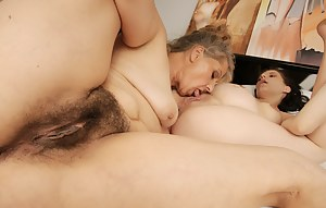 Two old and young lesbians have fun with a pregnant babe