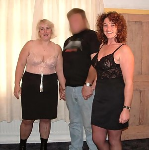 Free Moms FFM Porn Pictures