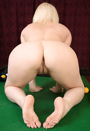 43 year old Amber Jewell from AllOver30 displays perfect pink here