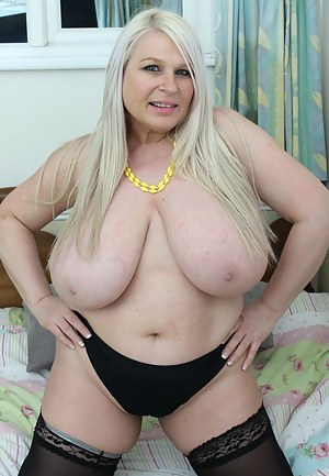 Free Fat Moms Porn Pictures