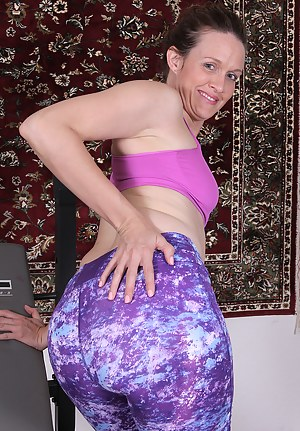 Free Moms Spandex Porn Pictures