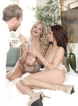 Ashley and Kelly just wanted to have a little private party, but after the wine flows and Ryan shows up, it turns into a fuck party!
