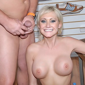 Yummy MILF is masturbating in front of camera. She is also chatting with her new friend and letting him penetrate her holes deep.
