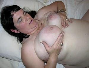hairy ass mature slut