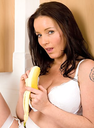 Marlyn sohws us that a banana doesn't always have to be eaten